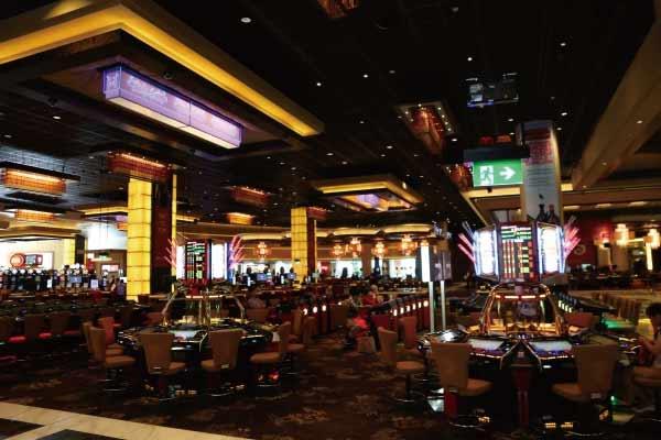 32レッドカジノの最小ベット額は他のオンラインカジノに比べて少し高め